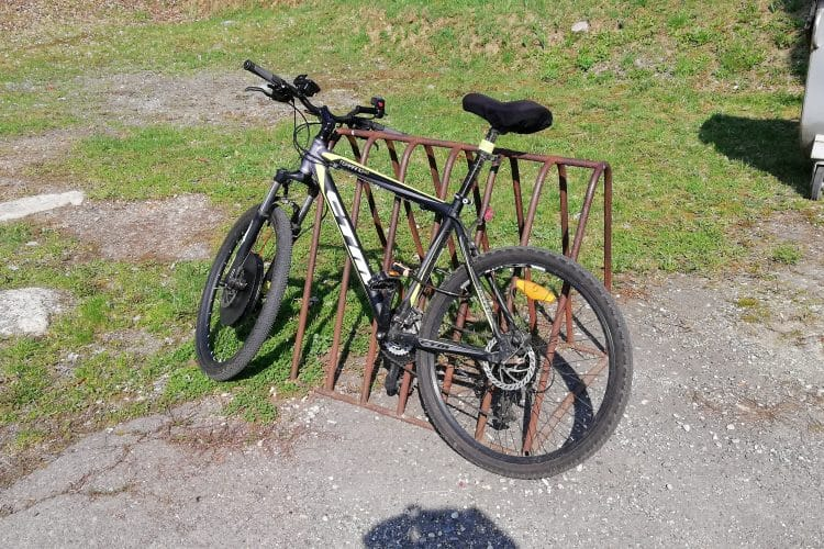 The iMortor smart electric wheel turns the traditional bike into e-bike